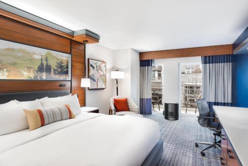 Terrific The Heathman Hotel Review Portland Oregon United States Home Interior And Landscaping Transignezvosmurscom