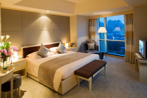 Regal International East Asia Hotel Суперлюкс
