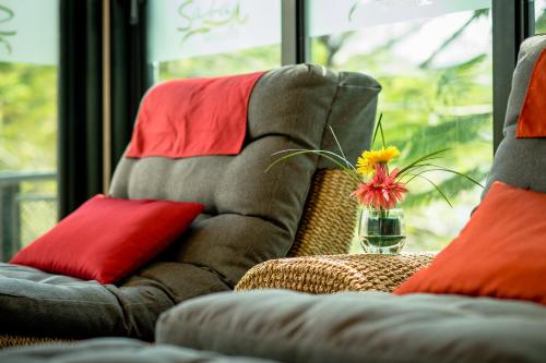 Nouvo City Hotel photo 100