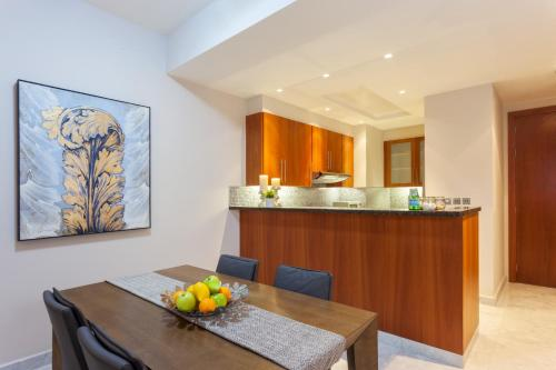 Nasma Luxury Stays - Central Park Tower - image 3