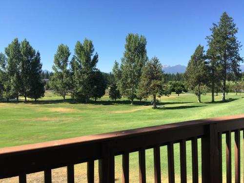 Lake Shastina Golf Resort - Weed, CA 96094
