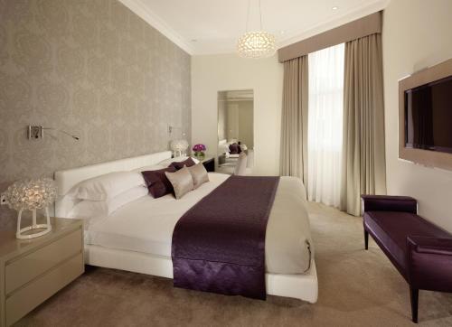 Taj 51 Buckingham Gate Suites and Residences photo 2