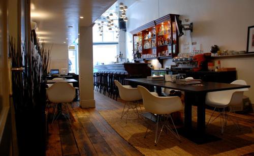 Frisco Inn photo 3