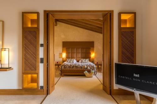 Suite con piscina privada Castell Son Claret - The Leading Hotels of the World 5