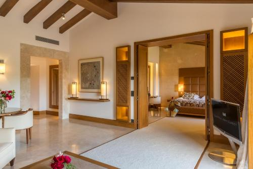 Suite con piscina privada Castell Son Claret - The Leading Hotels of the World 23