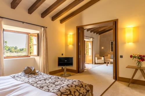 Suite con piscina privada Castell Son Claret - The Leading Hotels of the World 6