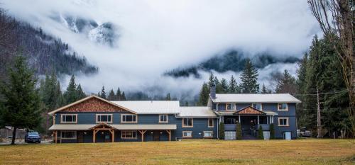 . Bella Coola Eagle Lodge