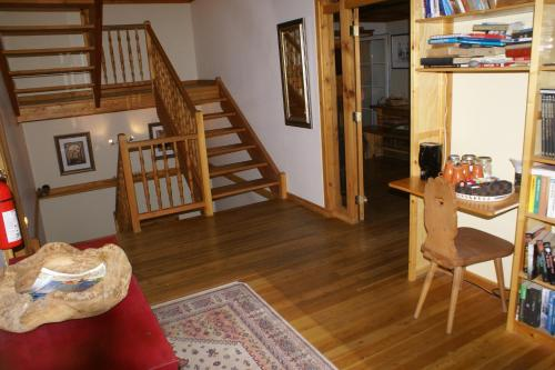 Alpenglow Bed and Breakfast - Accommodation - Kimberley