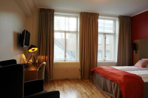 City Living Schøller Hotel - Photo 4 of 23