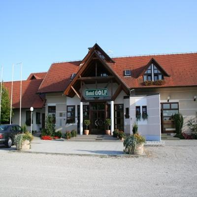 . Hotel Golf