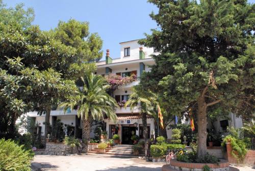 Hotel Gri-Mar *** 59