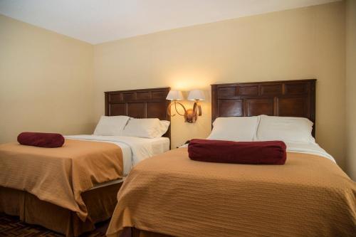 Conquistador Hotel & Conference Center стая снимки