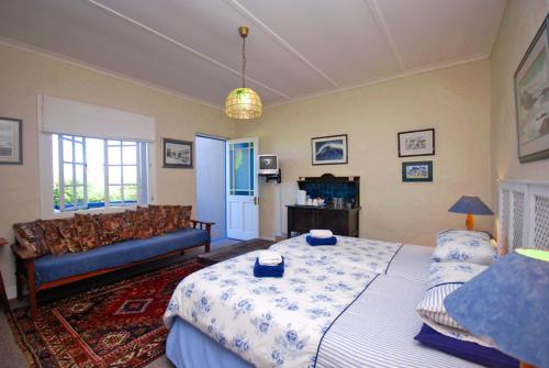 Guinea Fowl Lodge room photos