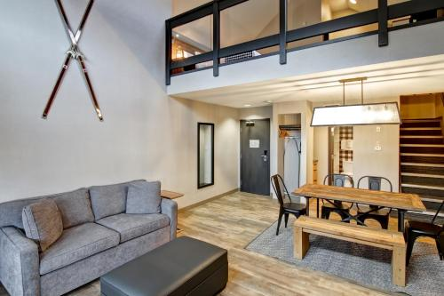 King Suite with Loft