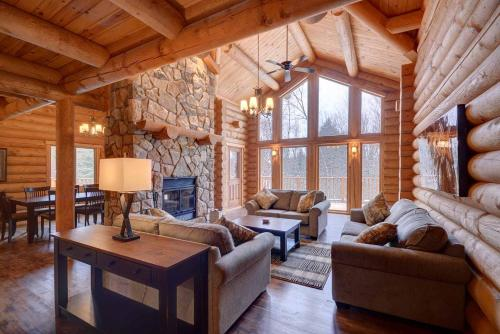 . Chalet Bonita by Location4Saisons