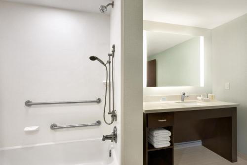 Photo - Homewood Suites Mobile