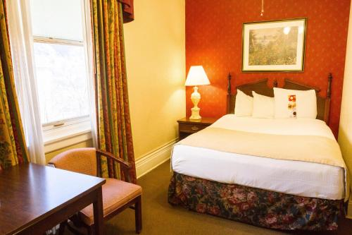 Hotel Colorado - Glenwood Springs, CO 81601