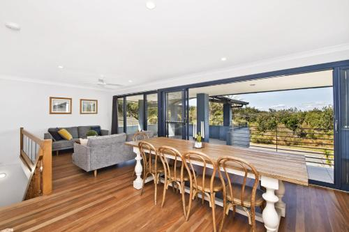 . 143 Matthew Flinders Drive, Port Macquarie