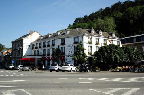 . Royal Hotel-Restaurant Bonhomme