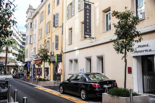 16 Rue Notre Dame, Cannes 06400, France.