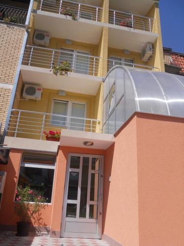 Accommodation in Nišava