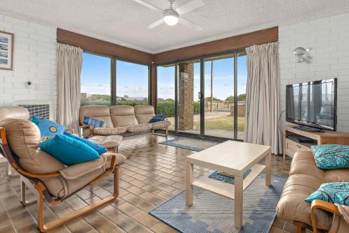 . Sun & Surf Aldinga Beach Apartment