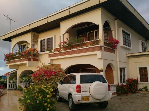 . Villa Nickerie/ Suriname