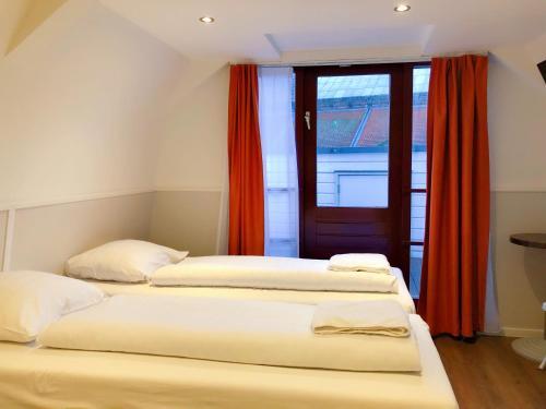 Hotel Damrak Inn photo 16
