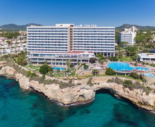 . Alua Calas de Mallorca Resort