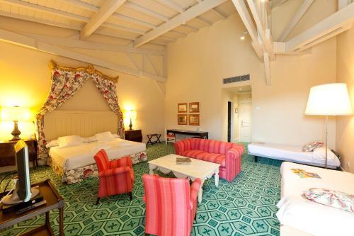 Habitación cuádruple Palacio Urgoiti 12
