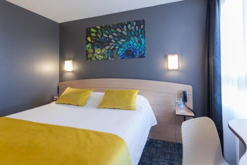 Kyriad Niort-Espace MendesFrance - Hôtel - Niort