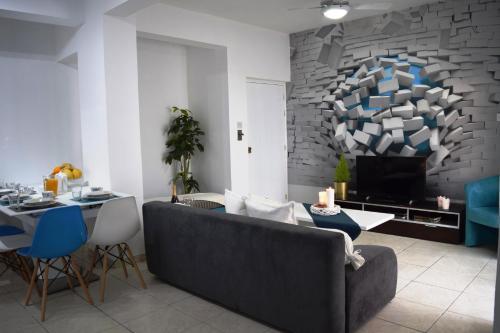 . Blue Breeze Luxury Apartment