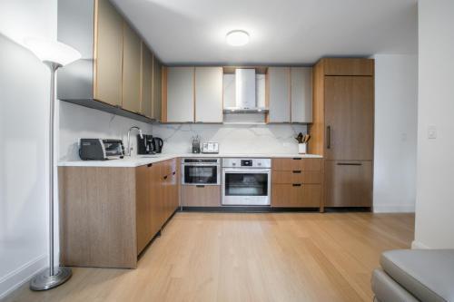 Luxury 2 Bedrooms Apartment Sutton Place