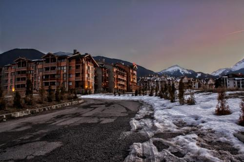 . Saint Ivan Ski Apartments