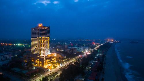 . Muong Thanh Grand Cua Lo Hotel
