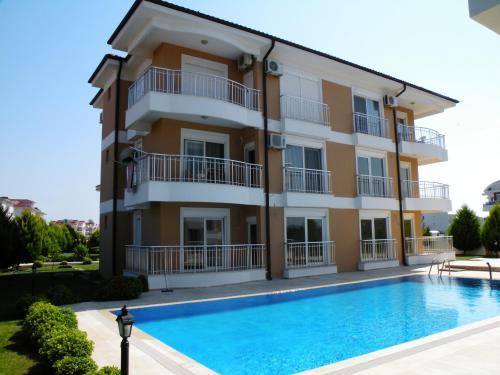 . Antalya belek sama golf apart 1 first floor pool view 2 bedrooms