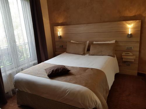 Hotel Champerret Elysees photo 35
