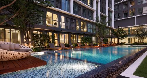 Ideo Mobi Sukhumvit - 1 min from On-Nut BTS - Pool, WIFI, Cable Ideo Mobi Sukhumvit - 1 min from On-Nut BTS - Pool, WIFI, Cable