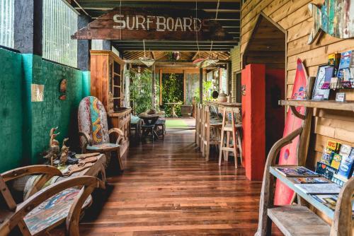 . Albany Bali Style Accommodation