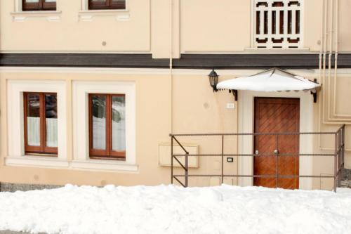LHP Suite Villa Rivisondoli - Apartment