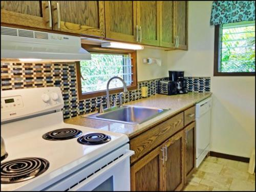 Kapa'a Sands 17 Ocean View Studio With Kitchen - Kapaa, HI 96746