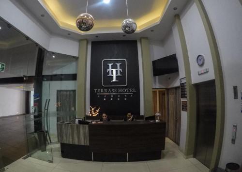 . Terrass Hotel Zamora