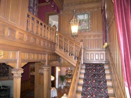 Alexander Mansion Bed & Breakfast - adult only - Winona, MN 55987