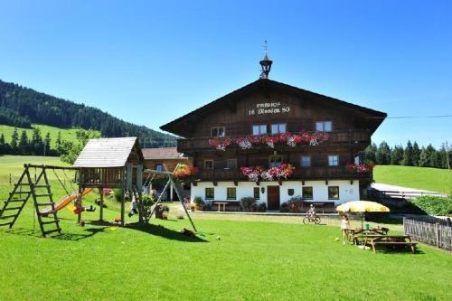 """Urlaub am Bio-Bauernhof Achrainer-Moosen """"Hohe Salve"""" Hopfgarten im Brixental"""