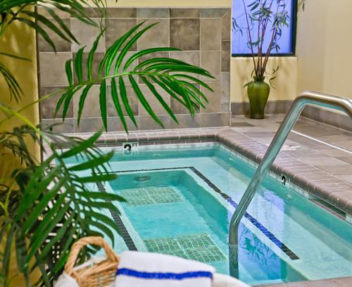 Hawthorn Suites By Wyndham Oakland/Alameda - Alameda, CA 94501