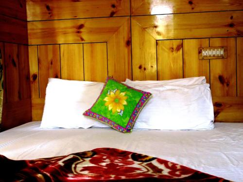 TIH Rahela Guest House And Home Stay