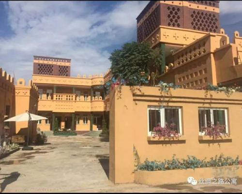 . Turpan Silk Road Lodges - The Vines
