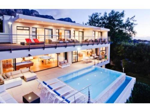 HotelGeneva Drive Villa