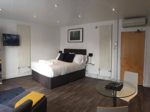 SITU Serviced Apartments - Charlotte Mews