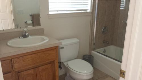 90 San Luis Street Unit D One-Bedroom Apartment